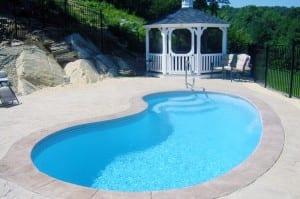 fiberglass-pool-2-300x199