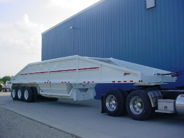 sandbasting-semi-trailer-belly-dump