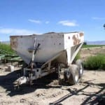 sandblasting-Fertilizer-spreader