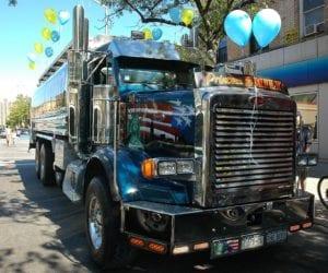 The Eal Of Custom Rig Show Trucks